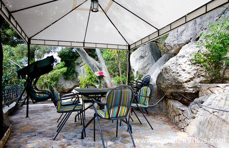 4 Bedroom Beach Front Villa on Ciovo, Sleeps 8-10