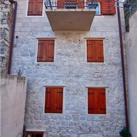 1 bedroom Apartment in Komiza on Vis Island, Sleeps 2-4