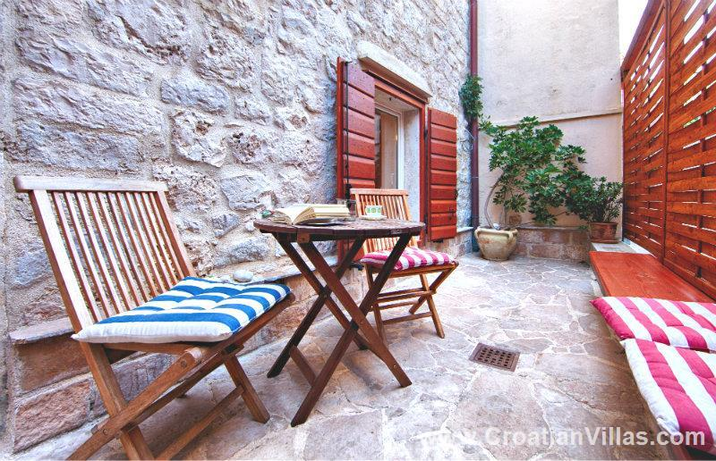 1 Bedroom Apartment in Komiza on Vis Island, Sleeps 2-3