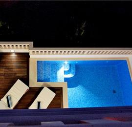 Luxury 5 Bedroom Villa with Pool in Drasnice, Sleeps 10