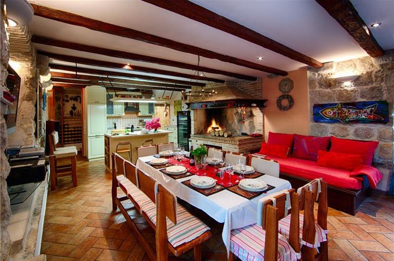 Dining Area  in Vis villa - Croatian Villas