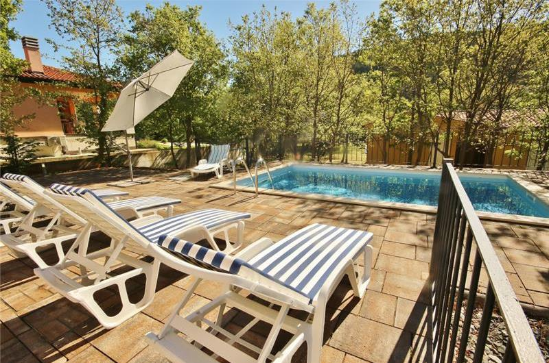 3 Bedroom Istrian Villa with Pool in Labin, sleeps 6-8