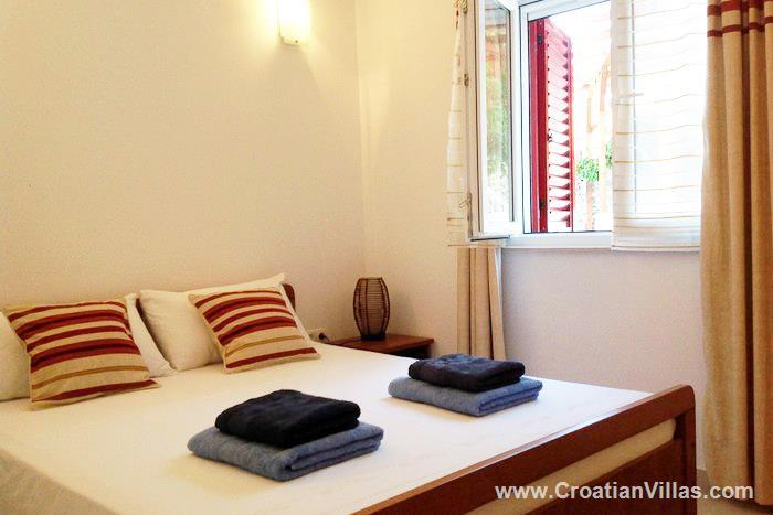 3 Bedroom Villa with Pool on Ciovo, Sleeps 6-10