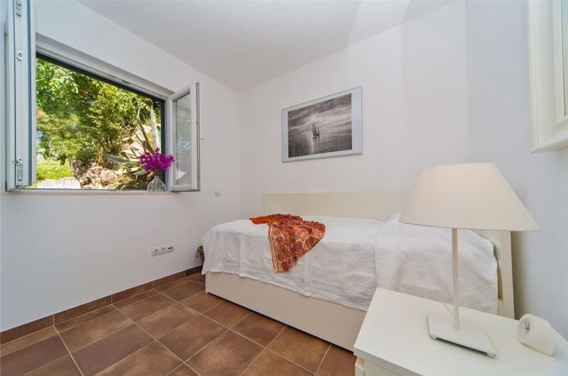 Five Bedroom Villa in Cavtat near Dubrovnik, Sleeps 9-14