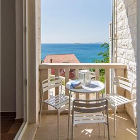 Four Bedroom Villa in Cavtat near Dubrovnik, Sleeps 8-10