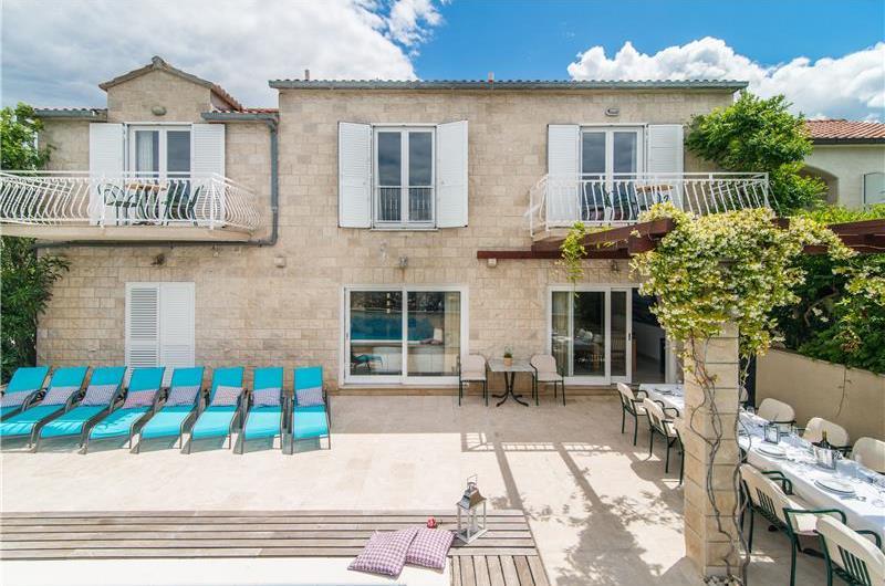7 bedroom Villa with Pool in Mirca on Brac, sleeps 14-17