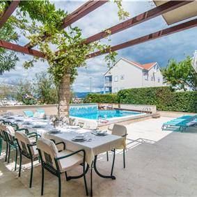7 bedroom Villa with Pool in Mirca on Brac, sleeps 14-17