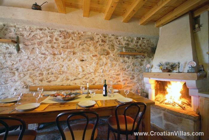2 Bedroom Stone Cottage on Hvar Island, Sleeps 7