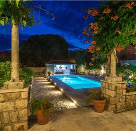 6 bedroom Villa with Heated Pool in Dubrovnik City, Sleeps 12