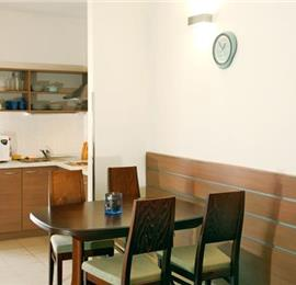 1 Bedroom Apartments in Postira, Sleep 2-4