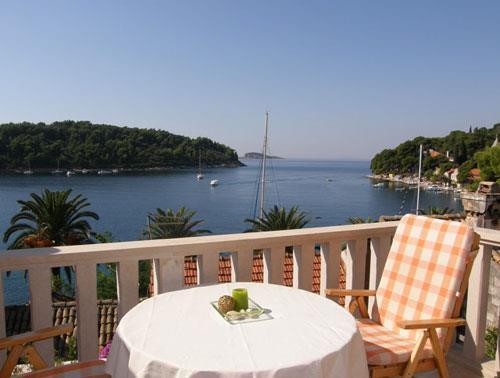 Studio Apartment in Cavtat near Dubrovnik, Sleeps 2-3