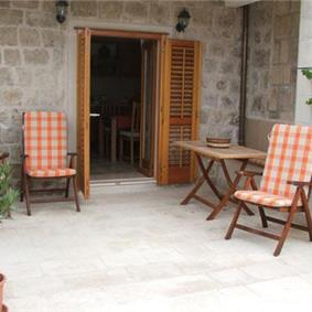 Studio Apartment in Cavtat near Dubrovnik, Sleeps 2-3