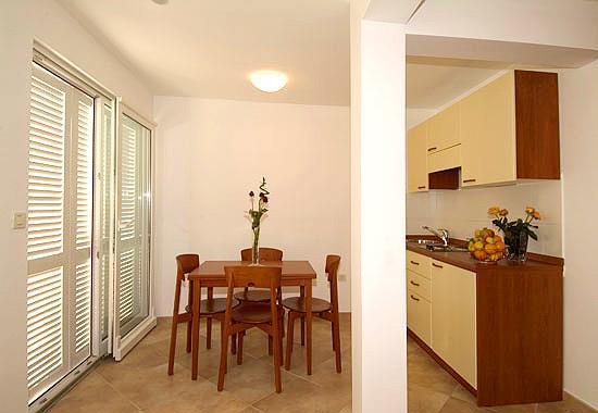 Studio Apartment in Brela, Sleeps 2-4