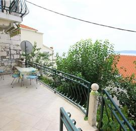 2 Bedroom Villa in Brela, Makarska Riviera, Sleeps 4-6