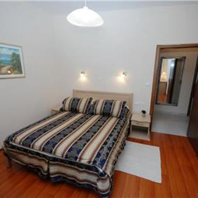 2 Bedroom Apartment in Lapad Bay, Dubrovnik. Sleeps 4-6