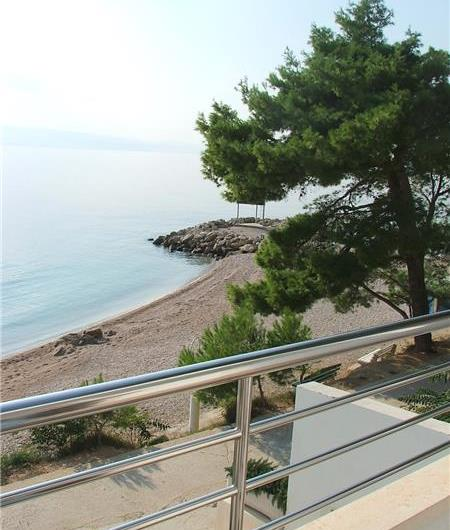 1 Bedroom Apartment in Brela, Sleeps 2-4