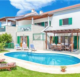 Collection of 4 Bedroom Villas with Pools in Hvar Town, Sleeps 8