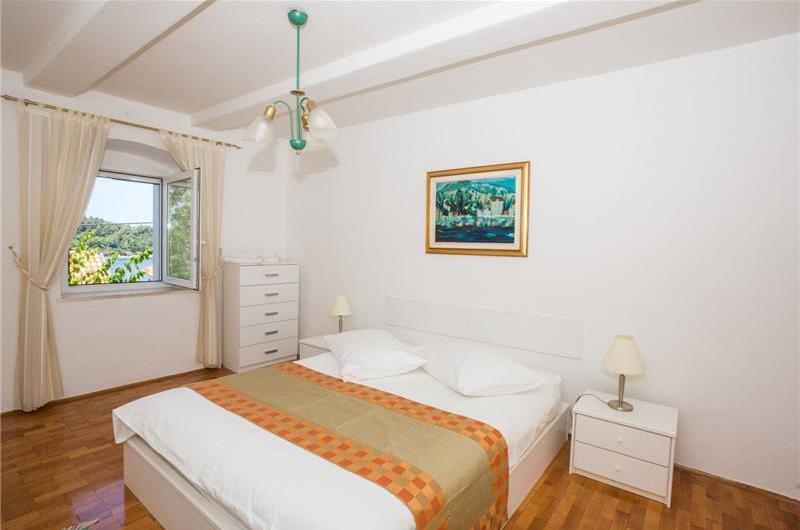 4 Bedroom Villa in Cavtat near Dubrovnik, Sleeps 6-7