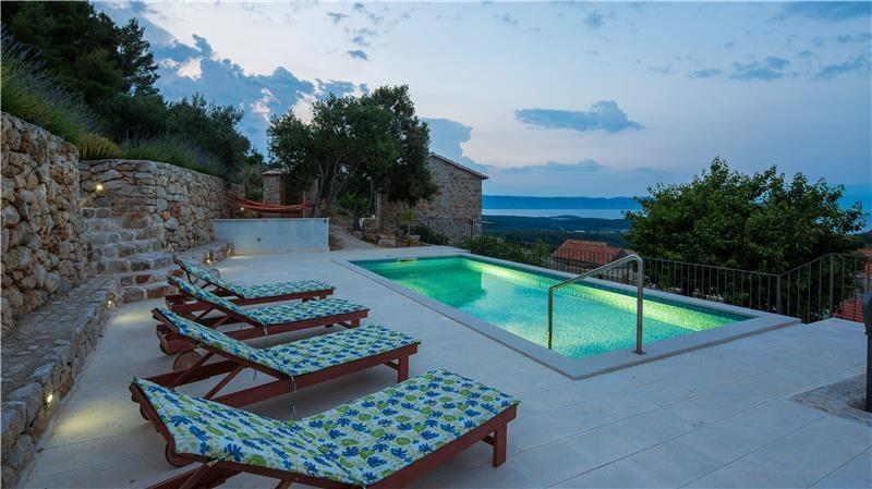 5 bedroom Hvar Island Villa with Pool sleeps 10-14