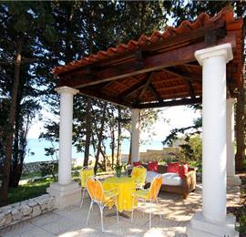 4 bedroom Beach Front Villa on Ciovo, Sleeps 7