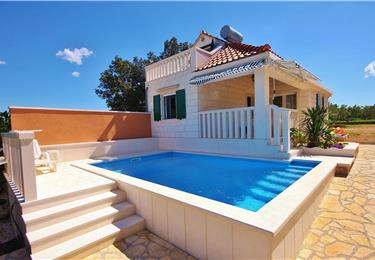 Villas and Apartments on Brac Island, Accommodations with