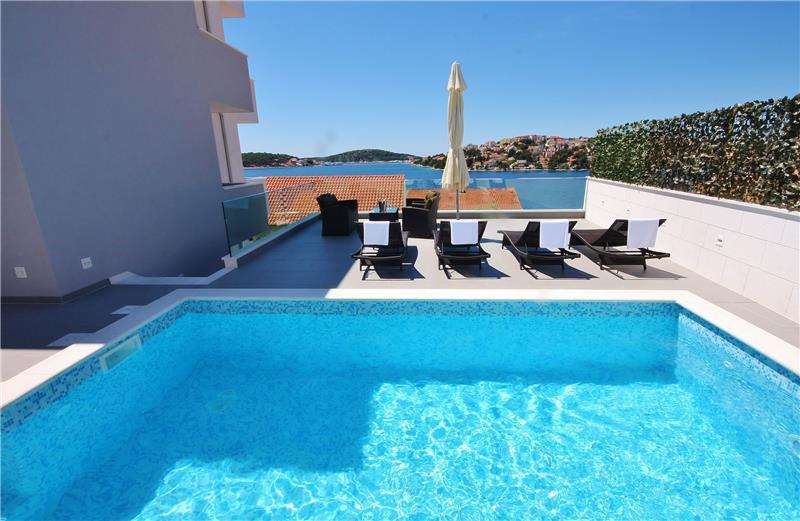 5 Bedroom Seaside Villa with Pool near Rogoznica, sleeps 10-12