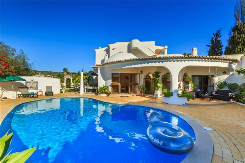 Accommodation Detailed Description Authentic Villa Holidays