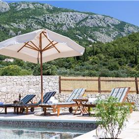 2 Bedroom Villa with Pool and Beautiful Views near Gruda, Dubrovnik Region, Sleeps 5