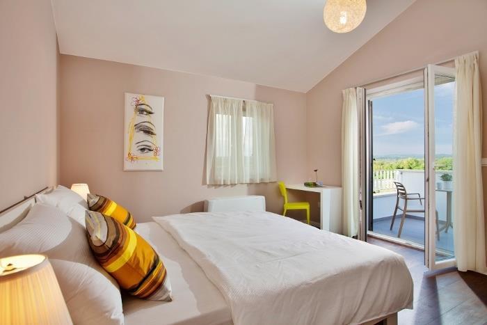 4 Bedroom Istrian Villa with Pool. Sleeps 8
