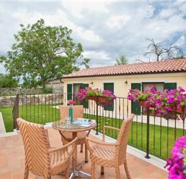 5 Bedroom Istrian Villa with Pool near Sveti Lovrec. sleeps 10-12
