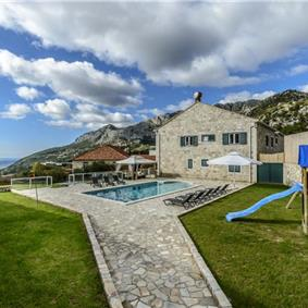 6 Bedroom Villa with Pool in Konavle Valley, near Dubrovnik - sleeps 12