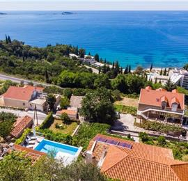 4 Bedroom Villa with Pool in Mlini, near Dubrovnik, sleeps 8-10