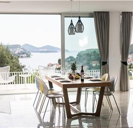 5 Bedroom Villa with Pool near Dubrovnik, 10-12