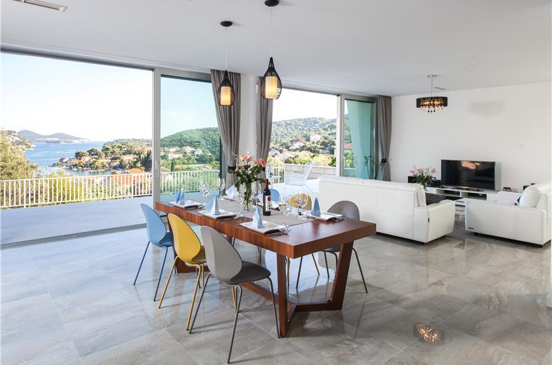5 Bedroom Villa with Pool near Dubrovnik, 10-12
