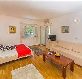 9 Bedroom Seaside Villa with Pool in Zaton Bay near Dubrovnik, Sleeps 18-22