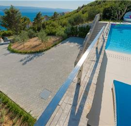 3 Bedroom Villa with Pool near Omis, Sleeps 6-8