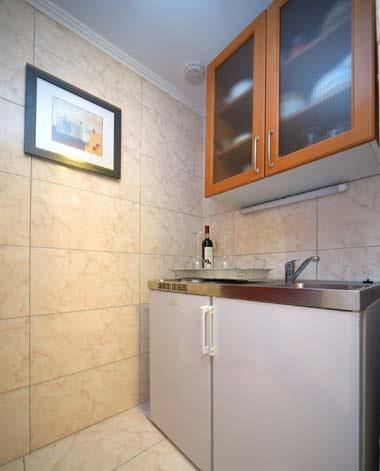 2 Bedroom Apartment in Dubrovnik, Sleeps 4