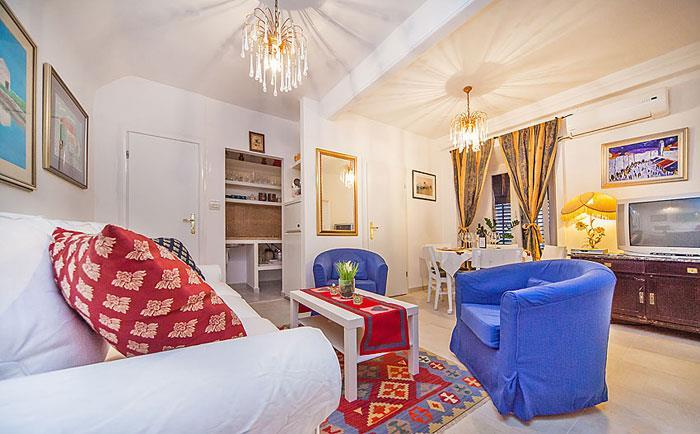 2 Bedroom Apartment in Dubrovnik, sleeps 4-5