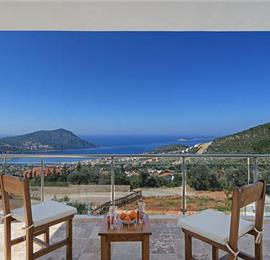 2 Bedroom Villa with Pool near Kalkan, Sleeps 4