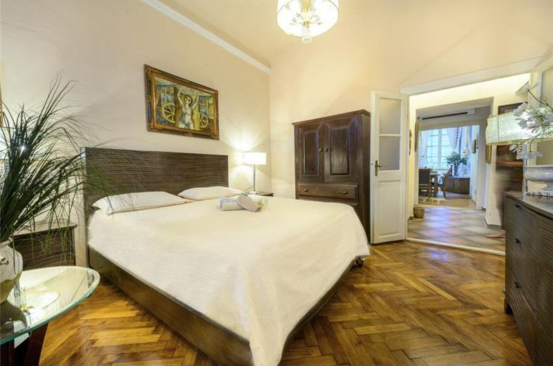 3 Bedroom Apartment in Dubrovnik, Sleeps 6-8
