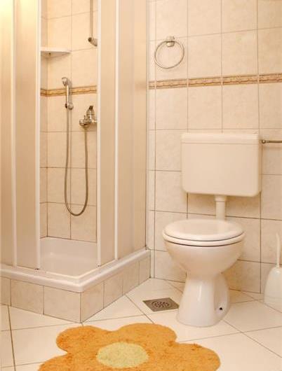 2 bedroom Apartment in Molunat near Dubrovnik, Sleeps 4