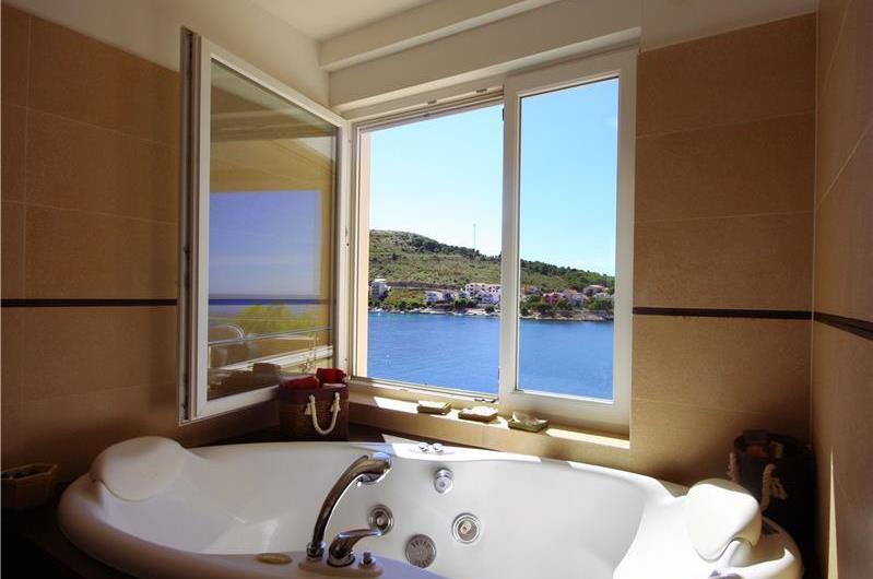 6 Bedroom Luxury Seafront Villa with Pool near Primosten, Sleeps 12