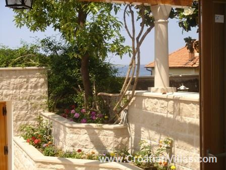 2 Bedroom Villa in Cavtat near Dubrovnik, Sleeps 4-6