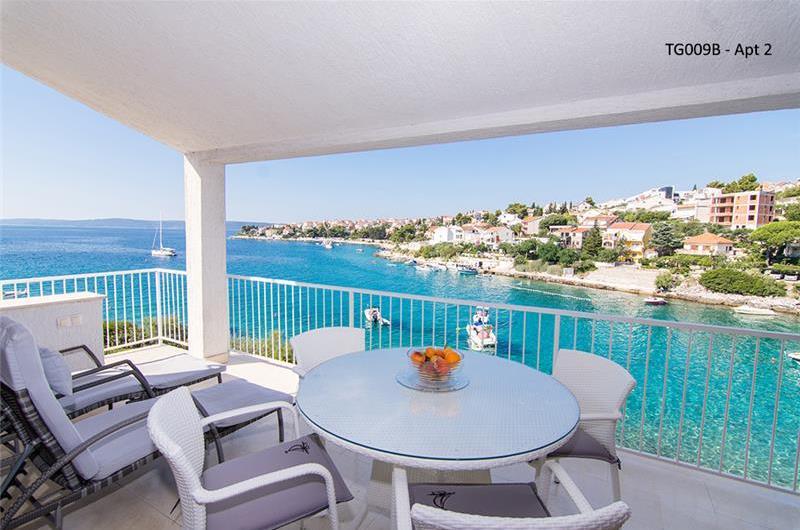 2 Bedroom Apartment with Shared Pool on Ciovo Island, Sleeps 4-6