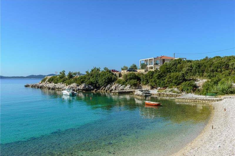 Luxury 5 Bedroom Beachfront Villa near Dubrovnik, Sleeps 11-12