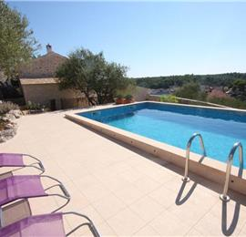 3 Bedroom Villa with Pool and Sea Views on Brac