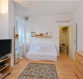 3 Bedroom Town House in Hvar Town, sleeps 6