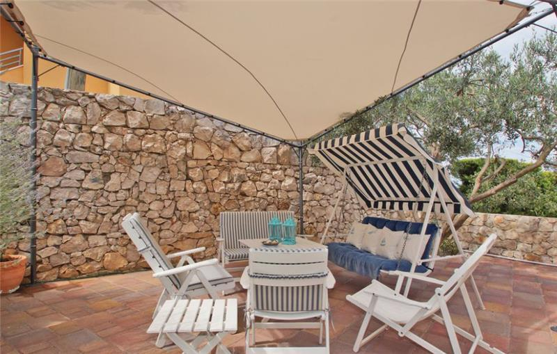 4 Bedroom Villa with Pool in Hvar Town, sleeps 8