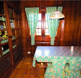 4 Bedroom Stone Villa near Ingenio, sleeps 6