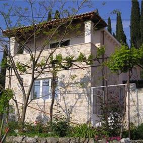 2 Bedroom Villa in Cavtat near Dubrovnik, Sleeps 4-5